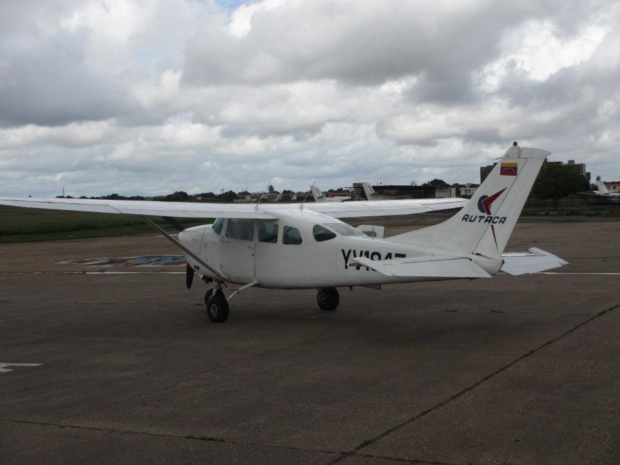 Avioneta-Cd-Blivar-Canaima