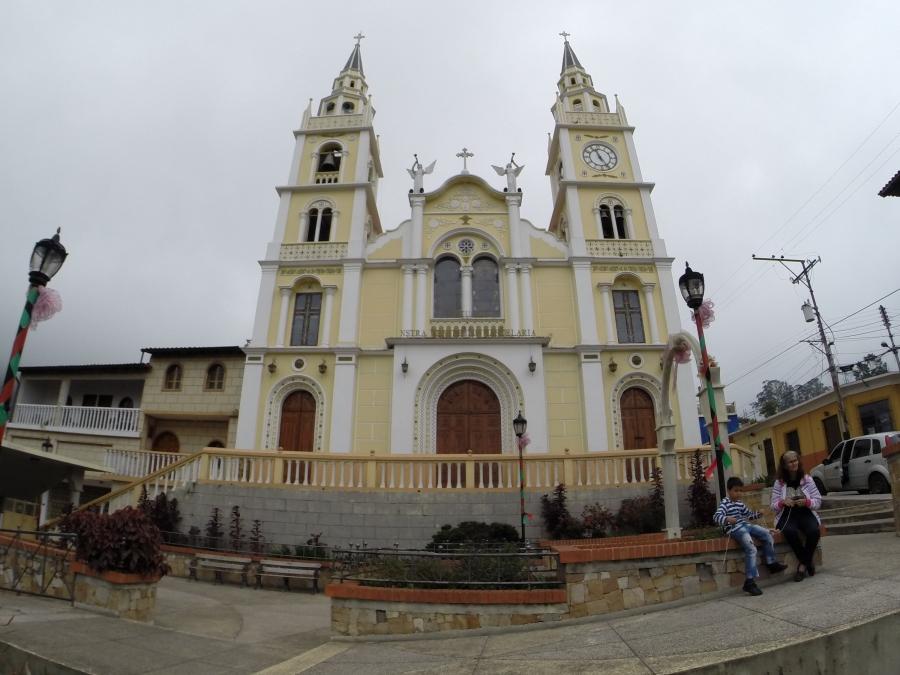 Iglesia de Bailadores
